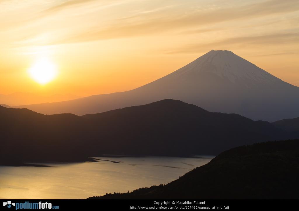 PODIUMFOTO掲載作品 No.1 『Sunset at Mt Fuji』