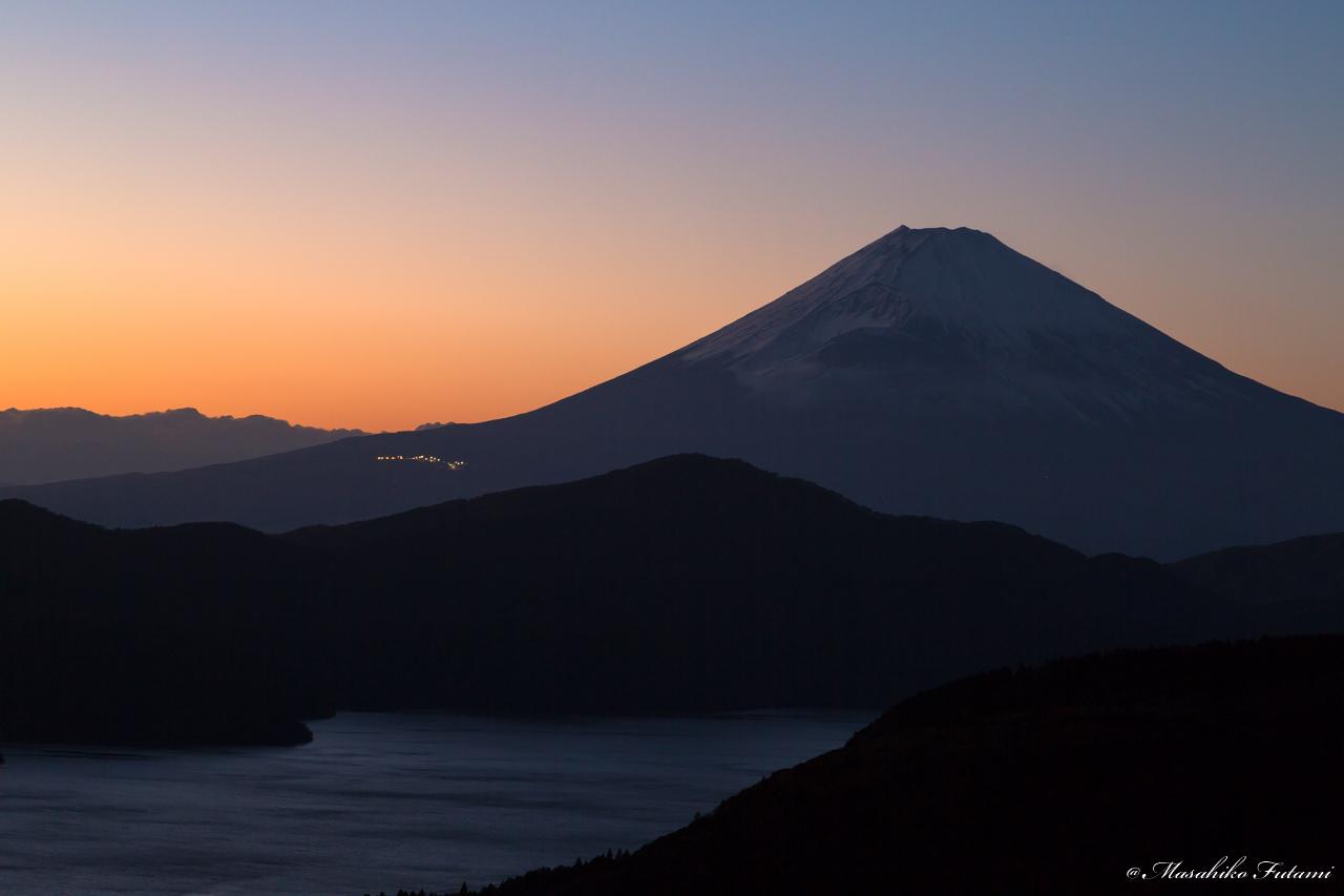 Dusk drive of Mt. Fuji